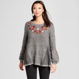 Knox Rose Embroidered Bell Sleeve Sweater Size XS